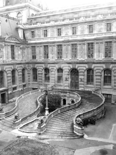 Louvres Paris
